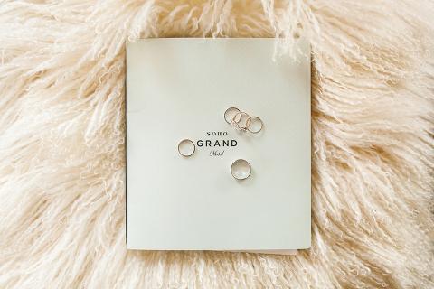 wedding rings soho grand pillow